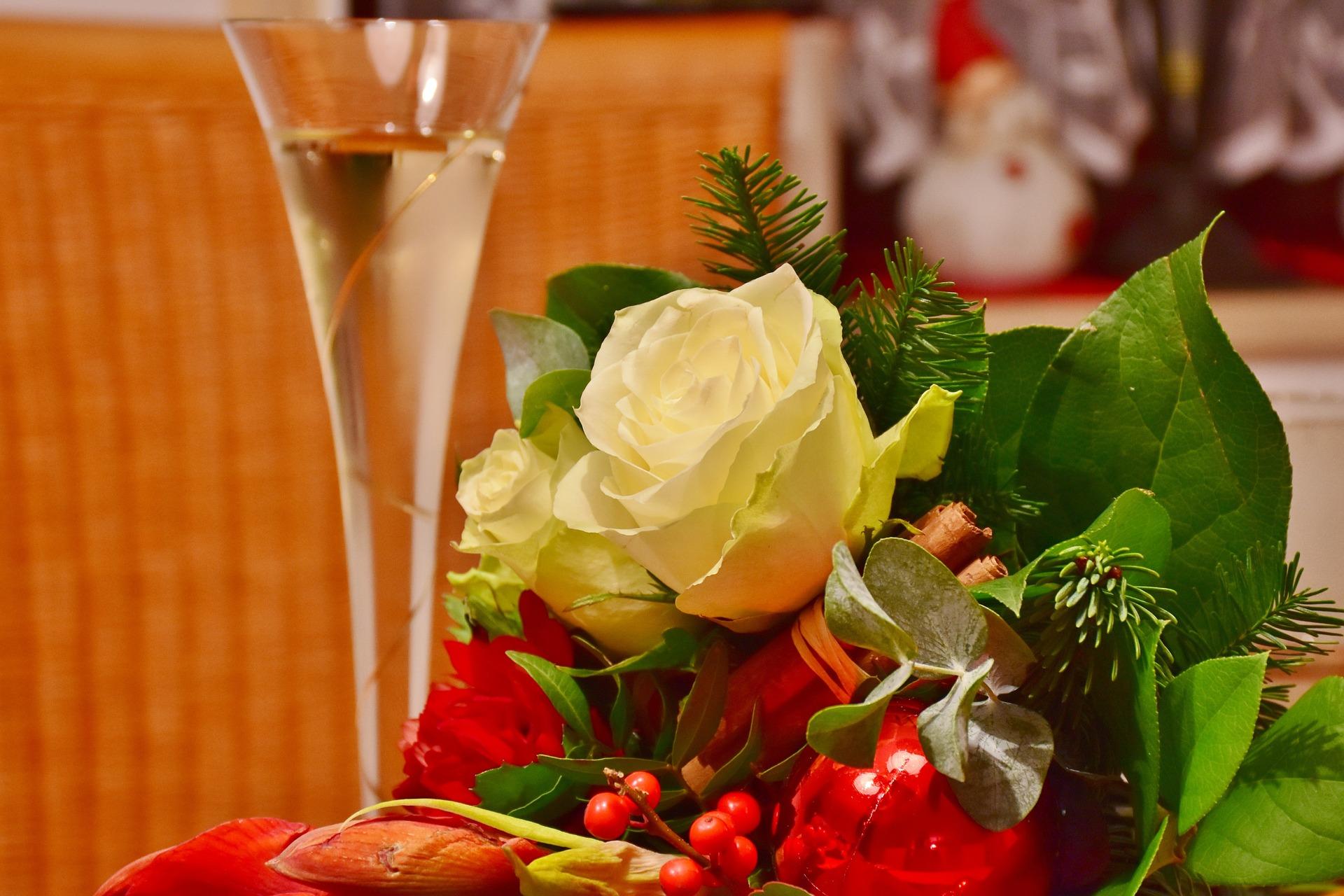 年上女性が喜ぶプレゼントの選び方